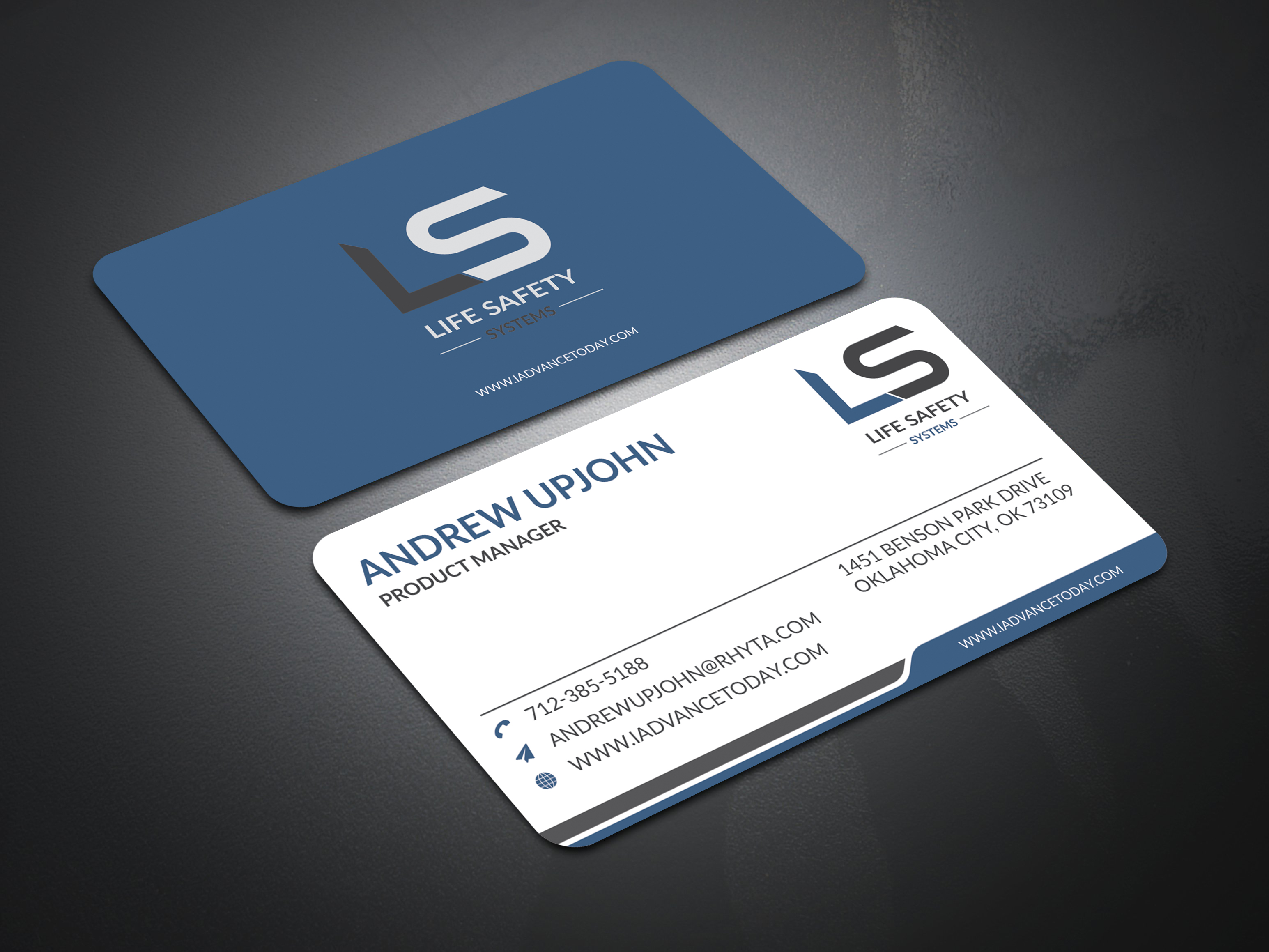 Minimalistic And Elegant Business Card Design